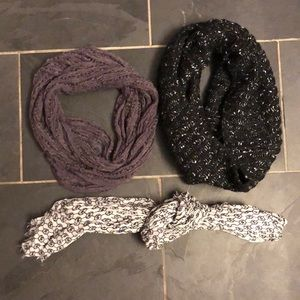 Bundle of scarves
